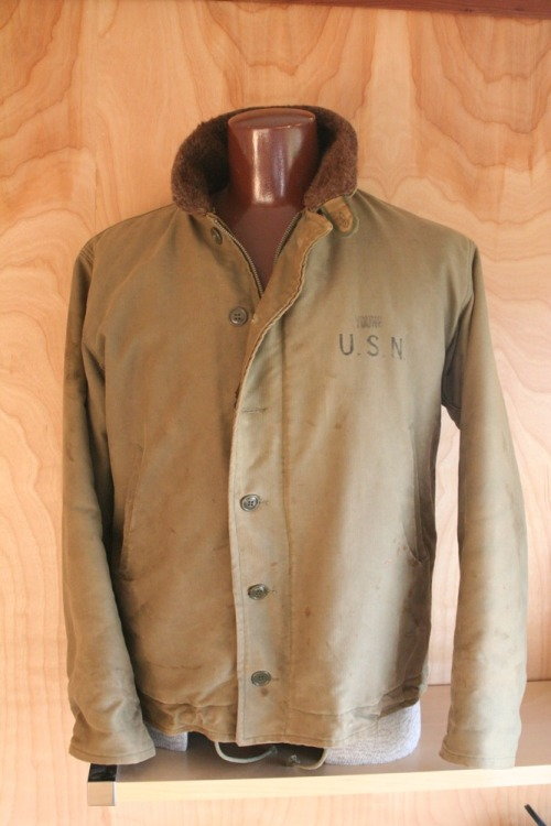 oddmodsarchive:  1940's US Navy N-1 foul weather jacket