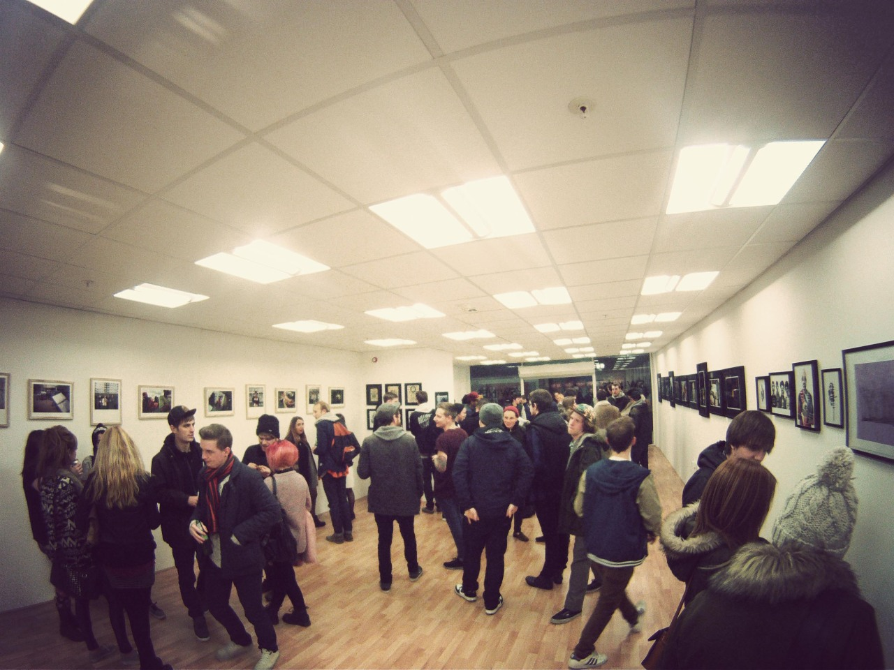 Photos from the recent 'SWINES' Exhibition that took place in Swindon, Really good night, some really strong pieces of Photography and Illustration work on show.