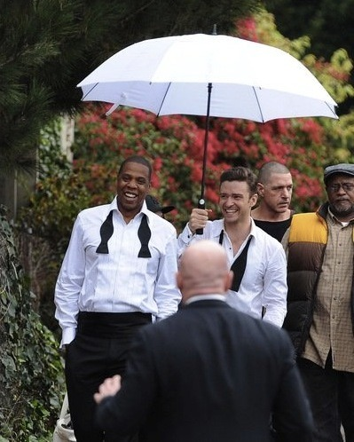 It's confirmed. Justin Timberlake and Jay-Z will be criss-crossing the country together as they go on tour!!! Click the pic to see the tour dates!
