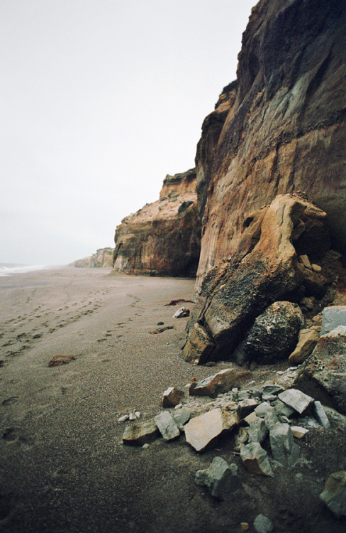 heypunchy:  faces of the oregon coast: poststravaganza #19 (by manyfires)