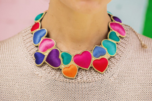 honestly-wtf:  Hearts necklace by Sophia 203
