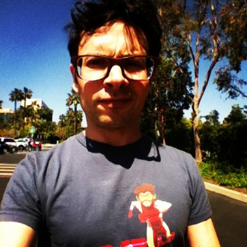 Jason walks to WonderCon. Impluse shirt!