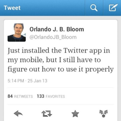 Ahahah, awee, he's so cute<3 #orlandobloom #twitter #on #mobile #hesocute #socute #aweh #hehe