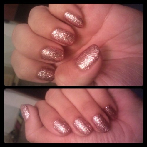 This #NailPolish though (: #Glitter .