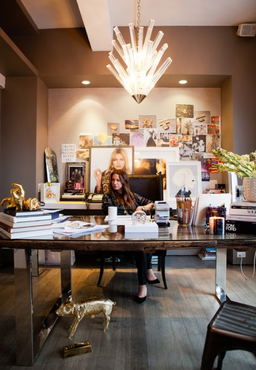 matchbookmag:  Jennifer Fisher at her glamorous desk… (photo: Rima Campbell for Matchbook Jan. '13)