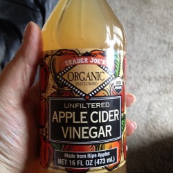 Double tap if you do shots!!! #applecidervinegar #fatloss #eatclean #getlean #getfit #loseweight #nutrition #burnfat #sahm #wahm #motivation #exercise #trainmean #twinmomma