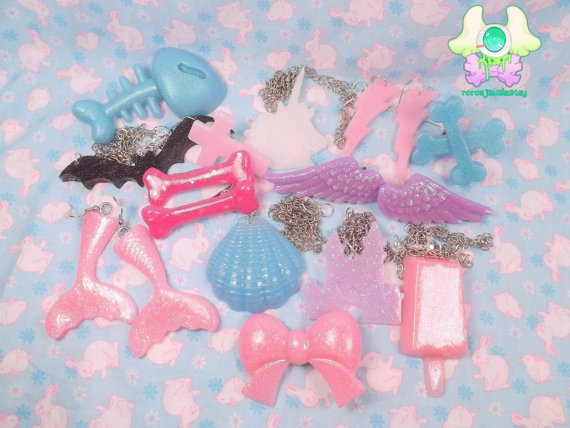 Rara's Jewels Lucky Pack Small!$6.00 Use the discount code: PASTELMOON for 15% off