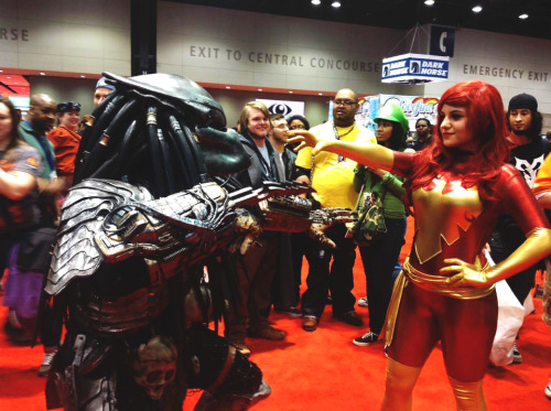 comicbookcosplay:  Dark Phoenix VS Predator at C2E2 2013.  Dark Phoenix: Natasha Rusilko AKA imgonnamakeachange. Predator: PredBuddy Submitted by imgonnamakeachange