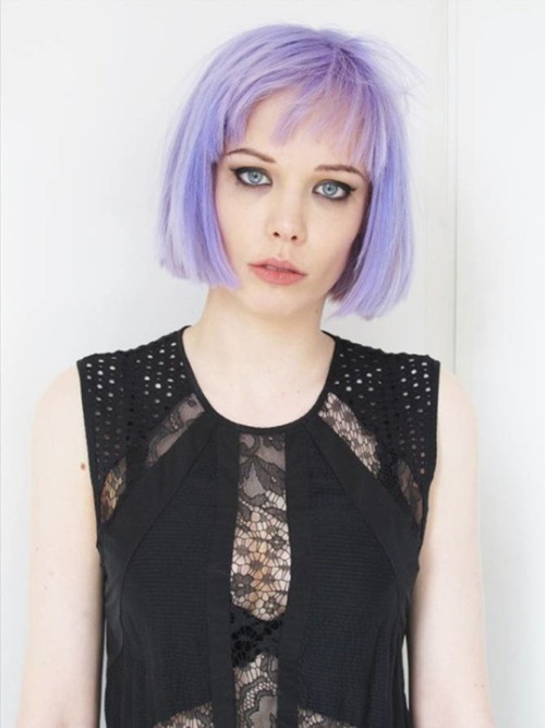 fffetusfatale:  fffawnndeer:  Alice Glass  filed under:'girls that ruin my life'