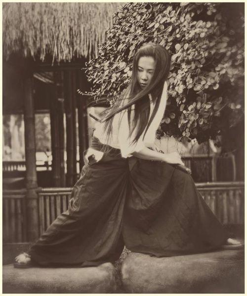 onna bugeisha katana samurai
