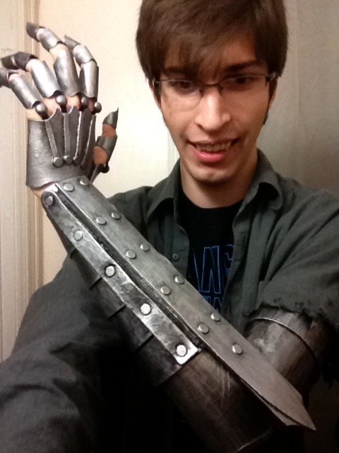Working on genderbent!Vriska. Robo-arm complete; need to make a black armsock now.