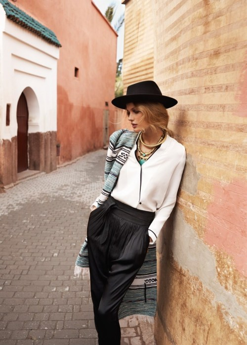 ineedtohavethat:  Edita Vilkeviciute for Mango. I need to have that outfit.