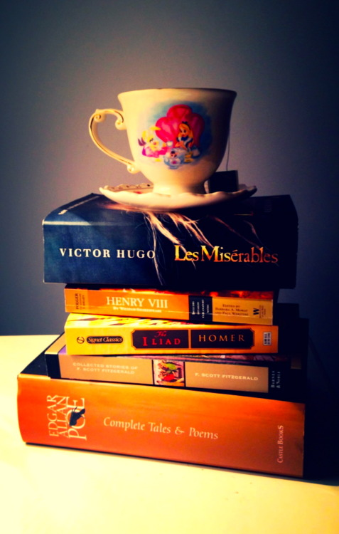 complex-magic:  books & tea