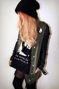 69-withjesus:  grunge inspired fashion ☯ ☯  69-withjesus.tumblr.com
