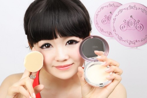 SKIN BLEACHING AND OTHER WAYS KOREAN WOMEN ARE TAKING BEAUTY STANDARDS A BIT TOO FARby Tyler Vendetti http://bit.ly/11RgVnU