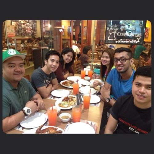 Catching up 👬👫👯 #lccians #igers #lcs #bulacan #friends