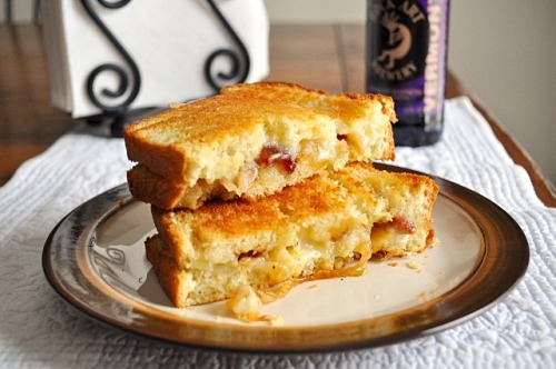 gastrogirl:  caramelized onion, bacon, and brie grilled cheese.