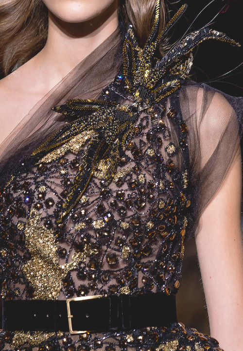 evermore-fashion:Elie Saab Fall 2016 Haute Couture Collection #Queue#Eliesaab#Dress