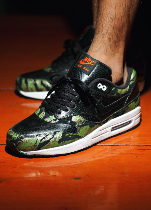 sweetsoles:   Atmos x Nike Air Max 1 'Tiger Camo/Snake' (by msgt16)