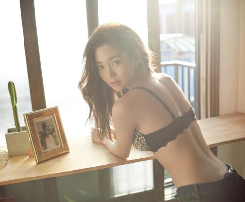 Sexiest Asian Slut Self-shots…