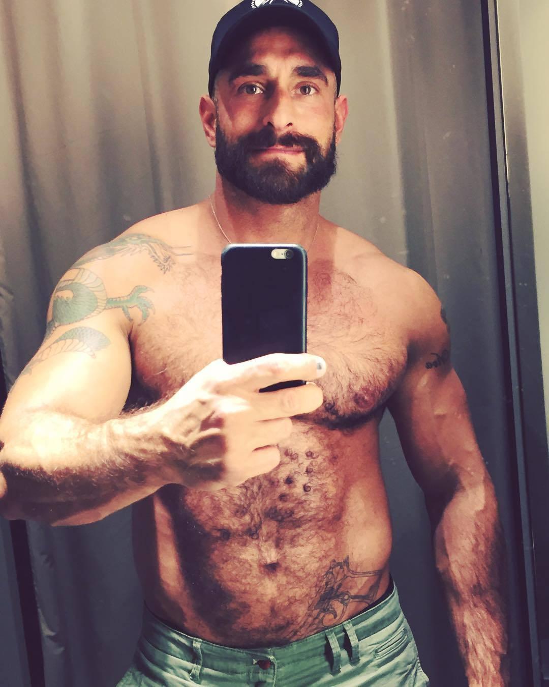 2018-06-04 05:21:36 - had to sneak a fitting room selfie by dbear97 beardburnme http://www.neofic.com