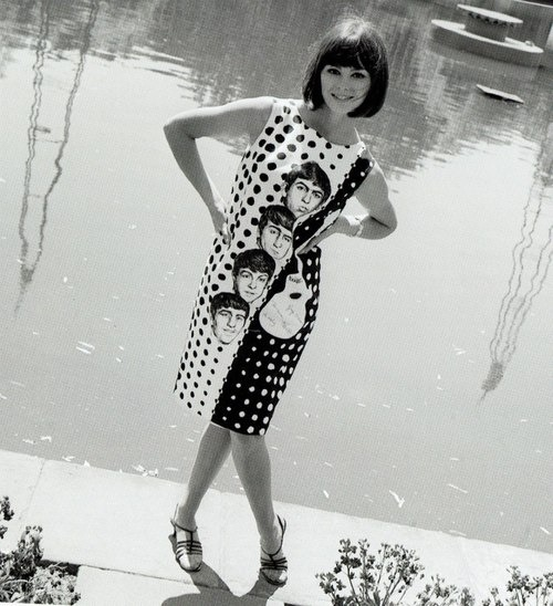 thatssooldfashions:  Beatlemania dress, 1960s.