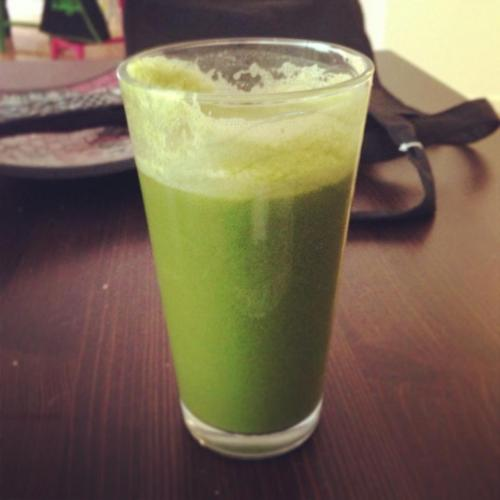 I am so happy right now! i brought out my new juicer this morning and made some delicious and healthy juice along with a ginger shot! i can't tell you how energized and amazing i feel right now! plus i've already gotten in my daily serving of veggies! ;) so my yummy juice recipe in case anyone is interested is- 2 carrots- 2 celery stalks- ginger- 1 apple (i used red delicious for a bit of sweetness)- kale- 1 broccoli stalk- handfuls of spinach- 1/4 of a cucumber- topped with lemon juice try and enjoy!