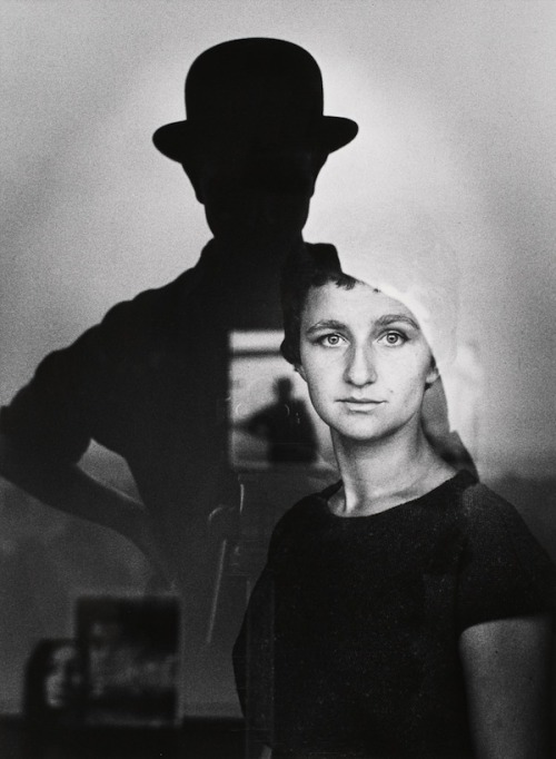 lauramcphee:  Self-portrait with Marta, 1961 (Guido Mangold)