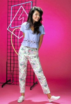 threadsence:  Kelly Kapowski: our girl crush forever.
