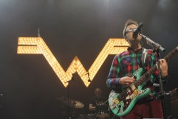 show-review-how-the-edge-stole-xmas-2014-dallas