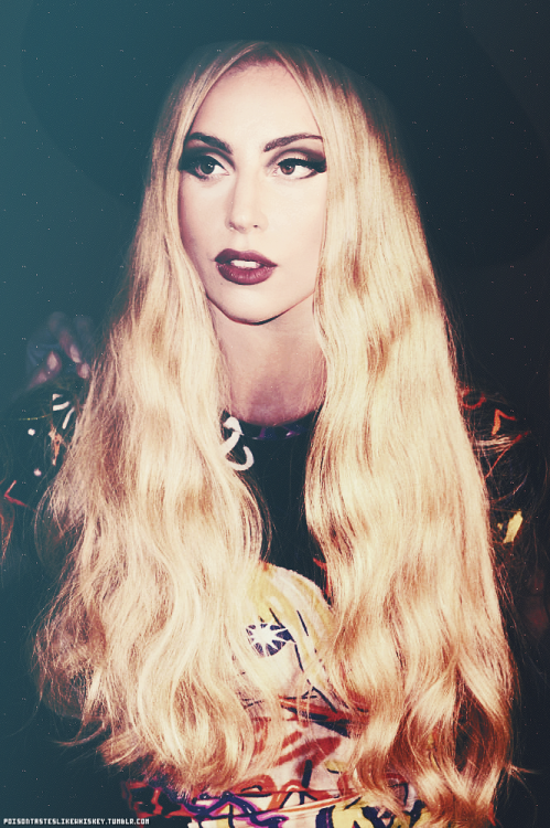 poisontasteslikewhiskey:  ARTPOP ERA.