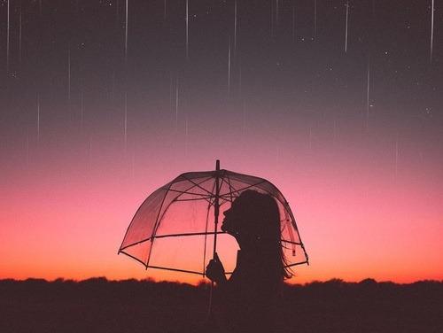 wallpaper rain hopes girl feelings grunge hipster indie aesthetic alternative pale beautiful