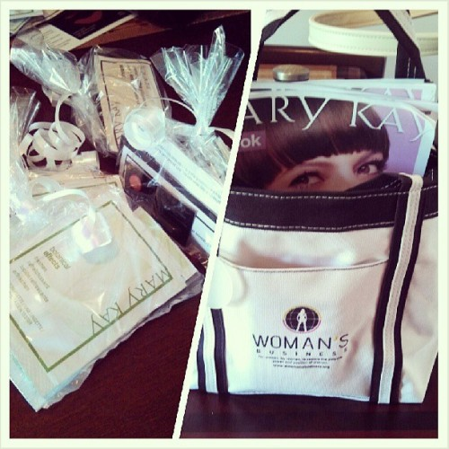 Spent the morning making @marykay sample packs and stuffing them into my bag from @awomansbusiness #motivated