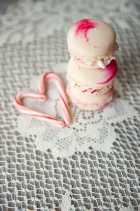 Peppermint Macarons | Studio DIY Valentine's Day is coming up, (well it's soon, and I figure if the shops can have eggs out already, then I can post Valentine's DIYs!) and even if you don't have a significant other to celebrate with, it's still fun to get in the spirit of love, and what better way than macarons!? They are seriously my favourite thing in the world. OK, so they're really not that easy to make but I've been told that it's a lot easier with the right tools.