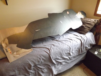 death-by-lulz:  donna-noble-tardis: omg i got david tennant in my bed come on guys i made my bed for this This post has been featured on a 1000notes.com blog.