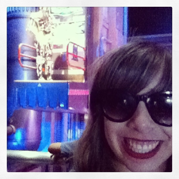 Cheezin with C3PO #rebelforlife (at Tomorrowland)