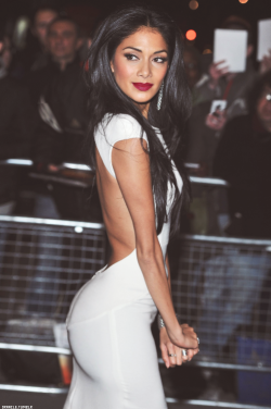 cantnobodydoitlikeme:  just-for-kicks-0087:  Wow  nicole scherzinger