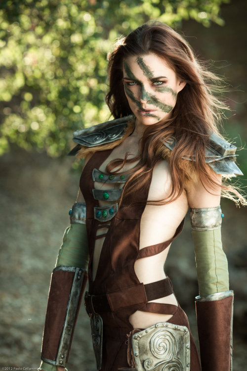 cosplay-paradise:  Aela the Huntress, Cosplay by: Chloe Dykstra, Photographer: Paolo Cellammarecosplayparadise.net