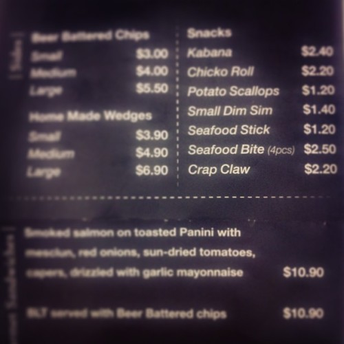 Their beer battered chips are amazing, but maybe stay away from the seafood? #crapclaw #carrawaypier #urbanvillage