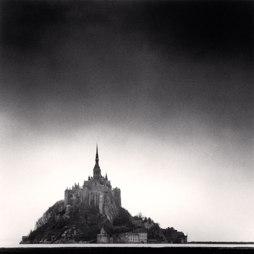 evocativesynthesis:  Mont St. Michel, France © Michael Kenna (via Le Journal de la Photographie)