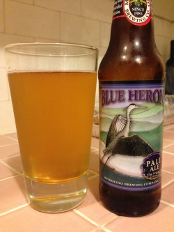 Mendocino's Blue Heron Pale Ale (picked up at Trader Joe's). A 2 of 4. A decent American pale ale - relatively clean straw body with a slight bitterness throughout. Some cereal malt character, and finishes clean. Very drinkable and palate-neutral, but nothing that wows me here. A solid pale ale.
