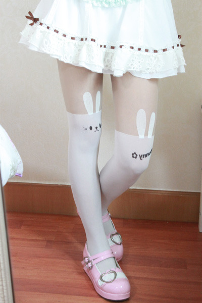kawaiiwigs:  Bunny tights