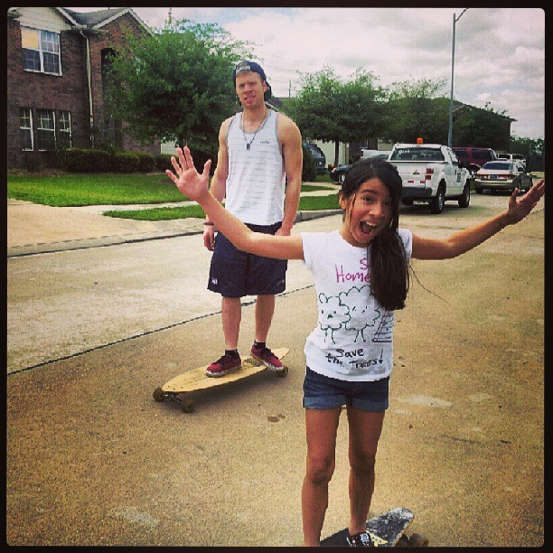 Me and my nikka, she is a badass #savethetreesshirt #mybaby #longboarding @longboardsworld @longboardsociety