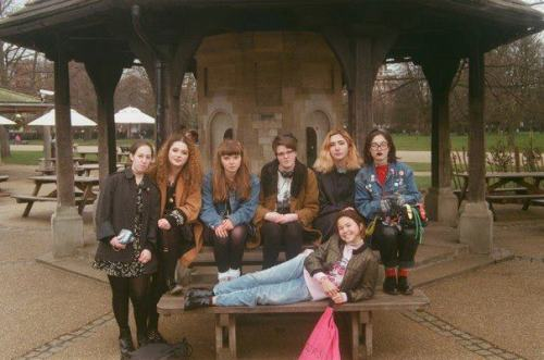 "opheliahorton:  Easter break Rookie mag fan meetup (in London) on 35mm Olympus OM10  I'm the cute one at the bottom duh  I'm glad you specified ""at the bottom"" 'cause you're ALL ridiculously KYOOT 💖AA"