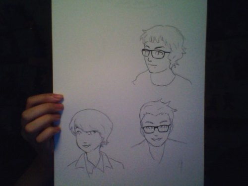 doridachi:  i needed to get something out tonight, so i drew some friends faces