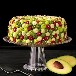 seefooddieit:  (Avocado Cake w/ Raspberry Filling & Key Lime Buttercream)  UM I WILL CALL IT CALIFORNIA DREAMIN'.
