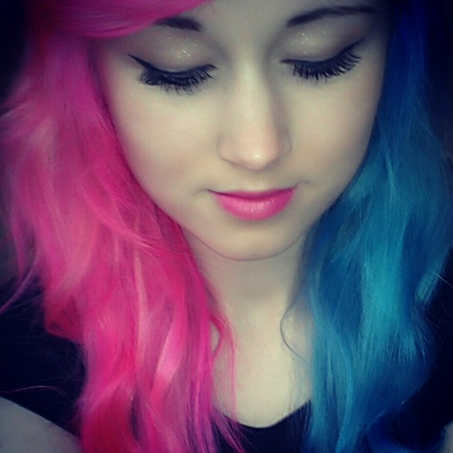 Dyed my hair half pink and half blue:D