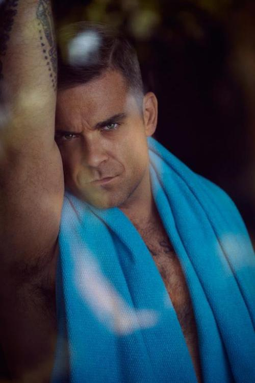 hellyeahrobbiewilliams:  towel