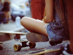 Street | via Tumblr on We Heart It - http://weheartit.com/entry/59694675/via/Mandygraphy   Hearted from: http://endless-sum-mer.tumblr.com/post/48992657668/fashion-is-my-kryptonite-sur-we-heart-it