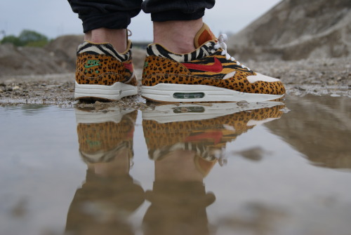 "2manysneakers:  Nike, Air Max 1, Supreme ""Animal"""